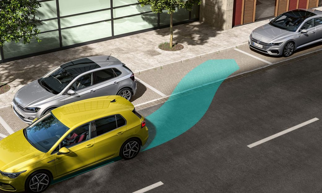 vw-golf-8-assistenzsystem-park-assist