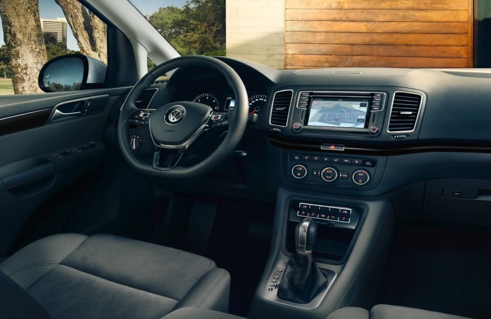 vw-sharan-interieur
