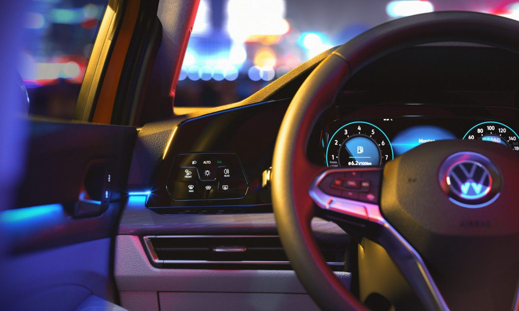 vw-golf-8-digitaler-komfort-cockpit